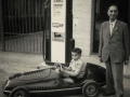 From the spring of 1951 the new workshop in via Schedoni acted as the backdrop for photos of the new cars.